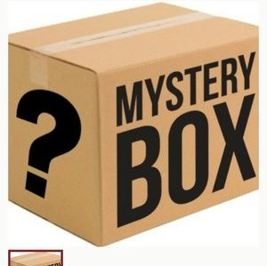 Mystery box 30 dollars for 80 in price